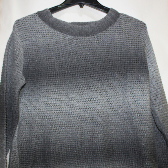 Relativity Sweaters - Relativity Womans 1X Grey Long sleeve Sweater